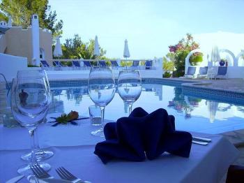 Ibiza Urlaub - kleine stilvolle Ferienanlage