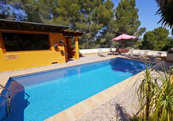 Romantischer Ibiza Urlaub bei Santa Eulalia