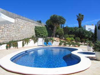 Ibiza Strandurlaub - Apartment mit Pool