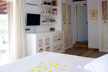 Sat-TV und Badezimmer en Suite