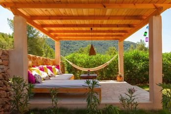 Garten und Chill-Out-Lounge