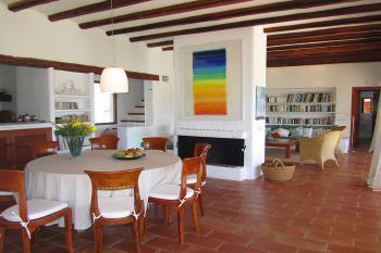 Wohn- und Esszimmer mit Zentralheizung