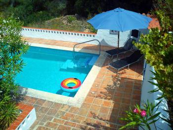 Finca mit Pool für 2-4 Personen